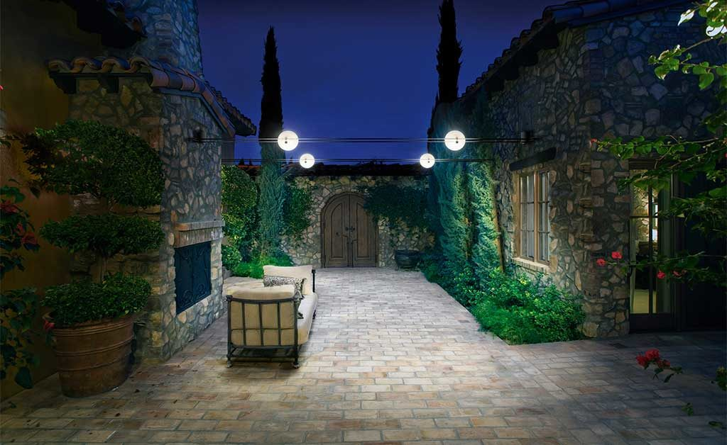 lampade outdoor cortile casa