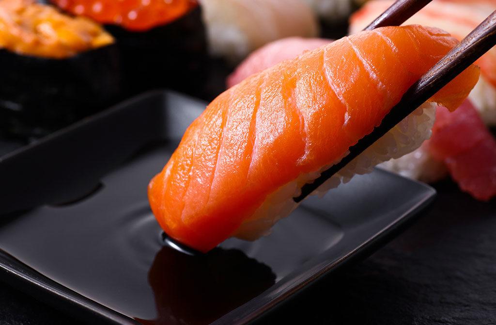 sushi bacchette wasabi