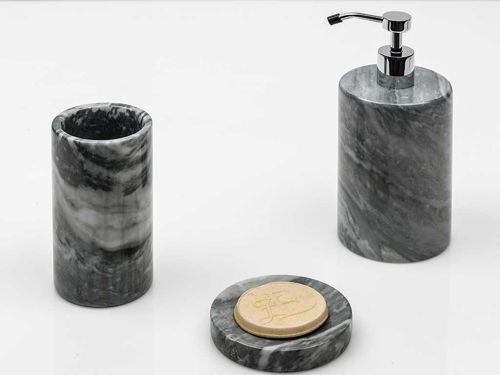 Accessori Bagno In Marmo.Fiammetta V Il Design Di Marmo La Casa In Ordine