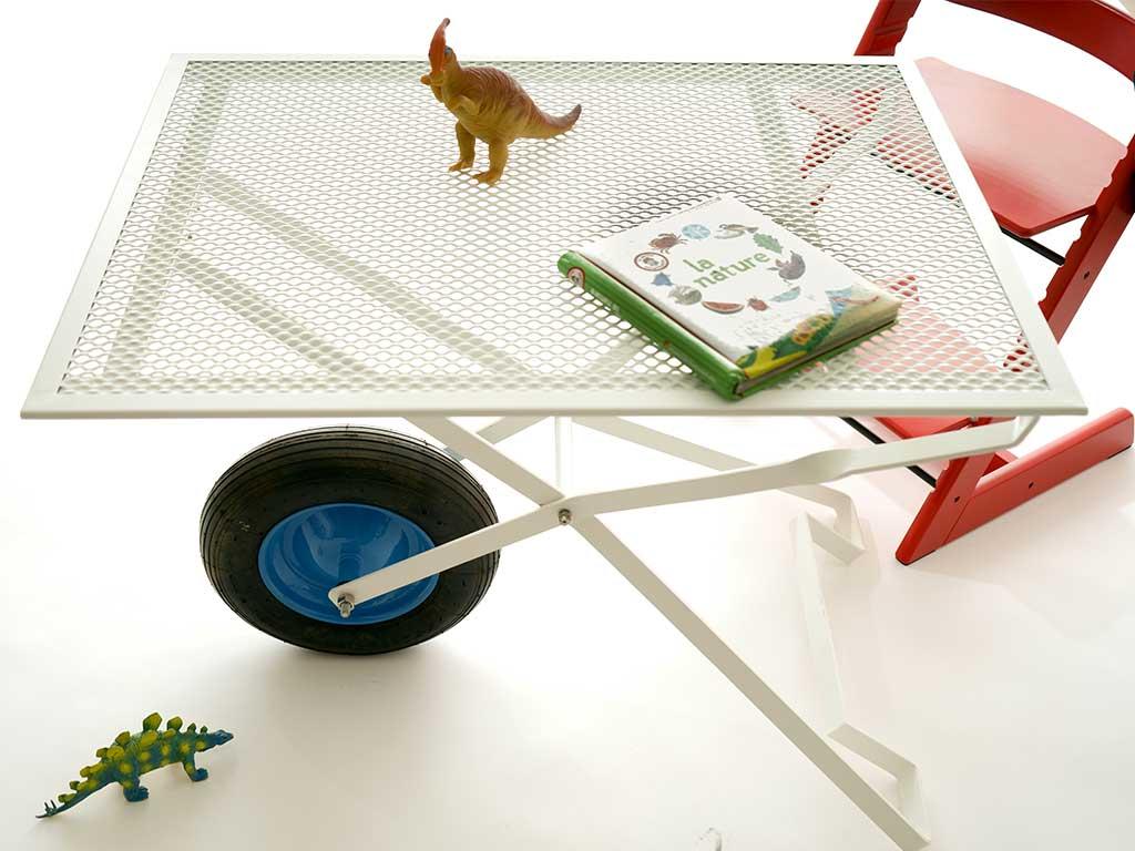 tavolino interno casa