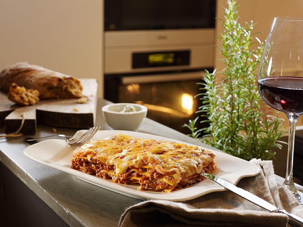 piatto per servire lasagne