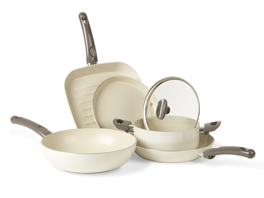 pentole cucina smalto bianco