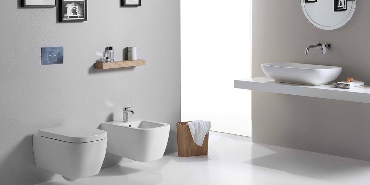 Mini bagno grande effetto la casa in ordine for Bagno piccolo design