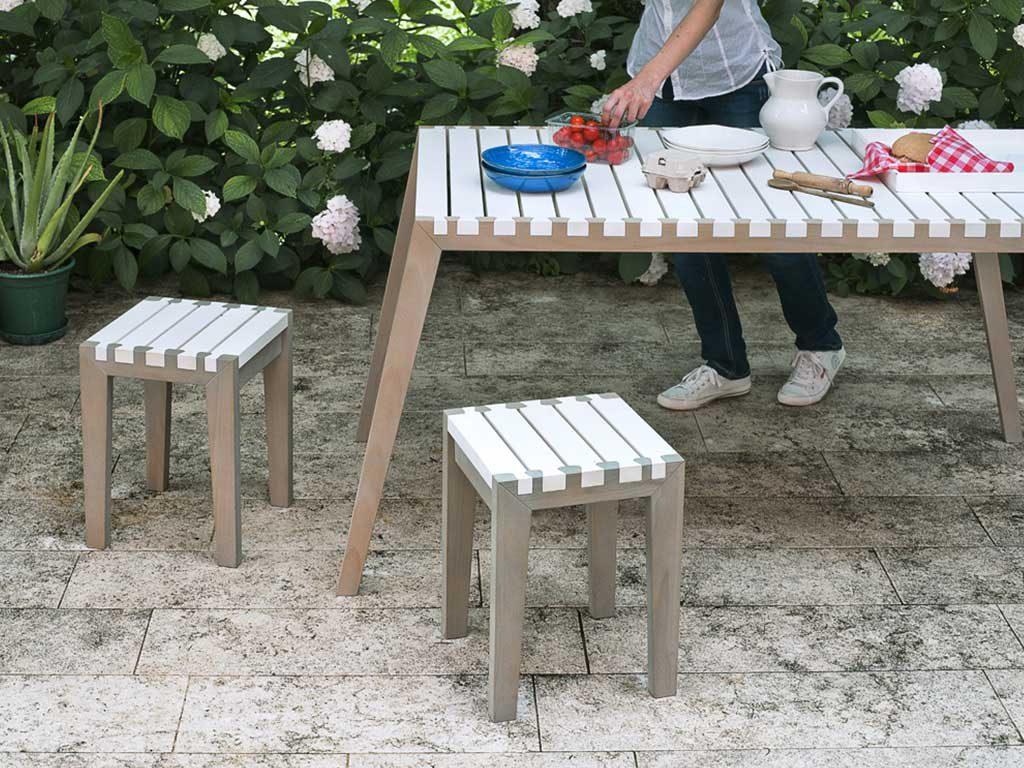 tavolo e sgabelli design