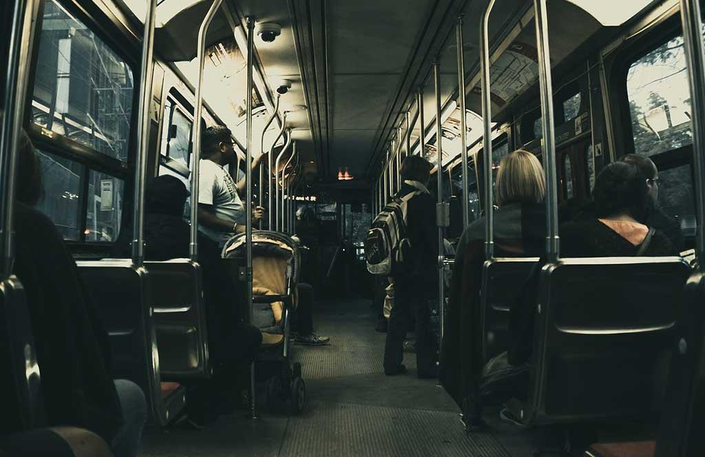 posto autobus anziani