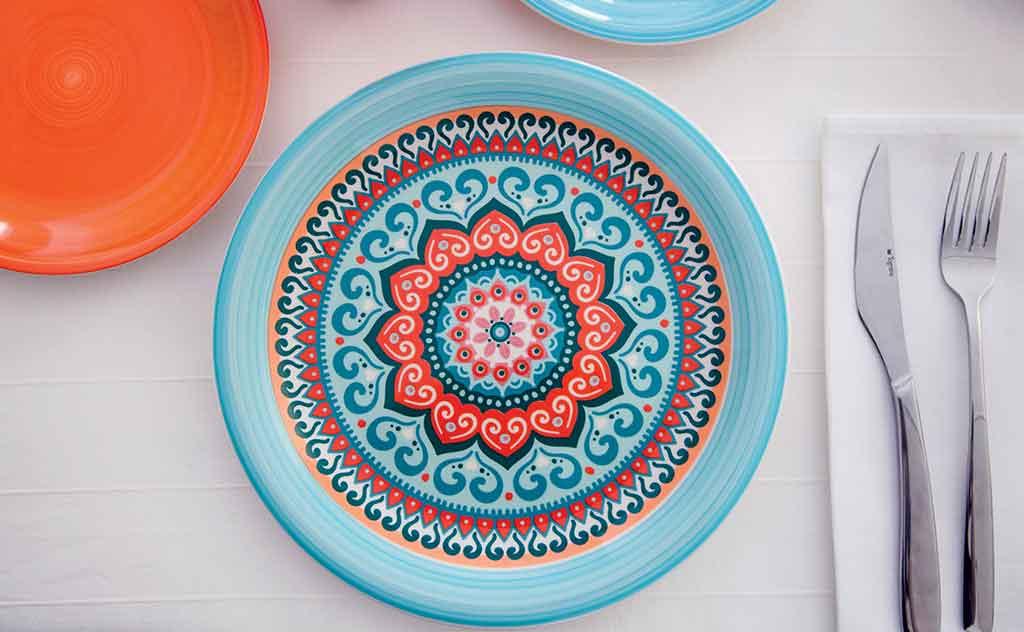 piatto ceramica colorato