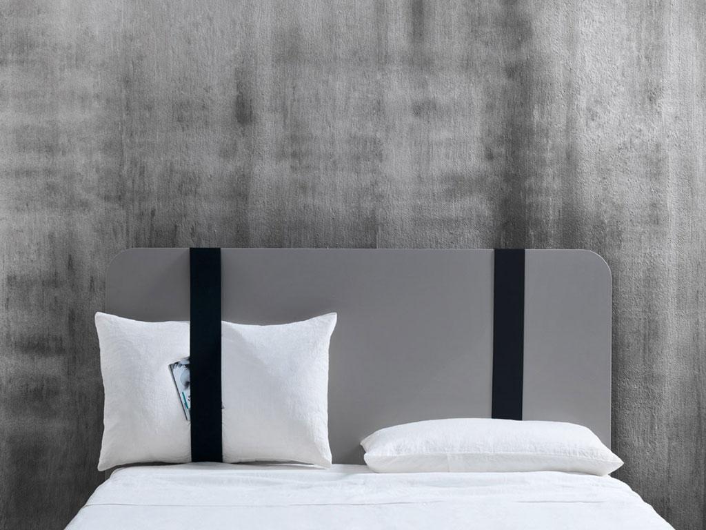 spalliera letto con tieni cuscini