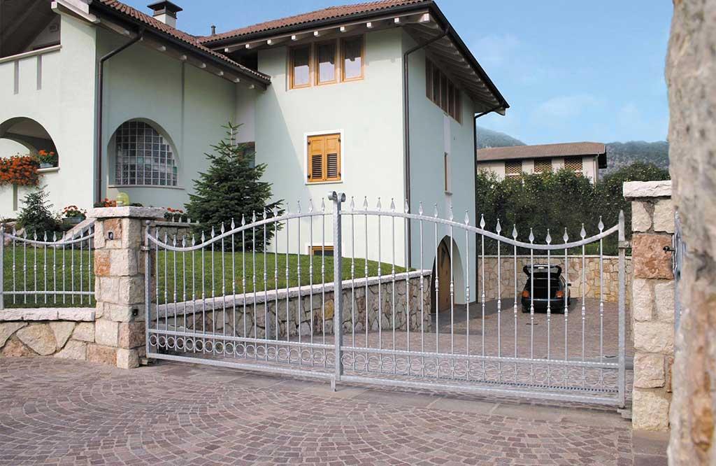 cancello elettrico ingresso villa