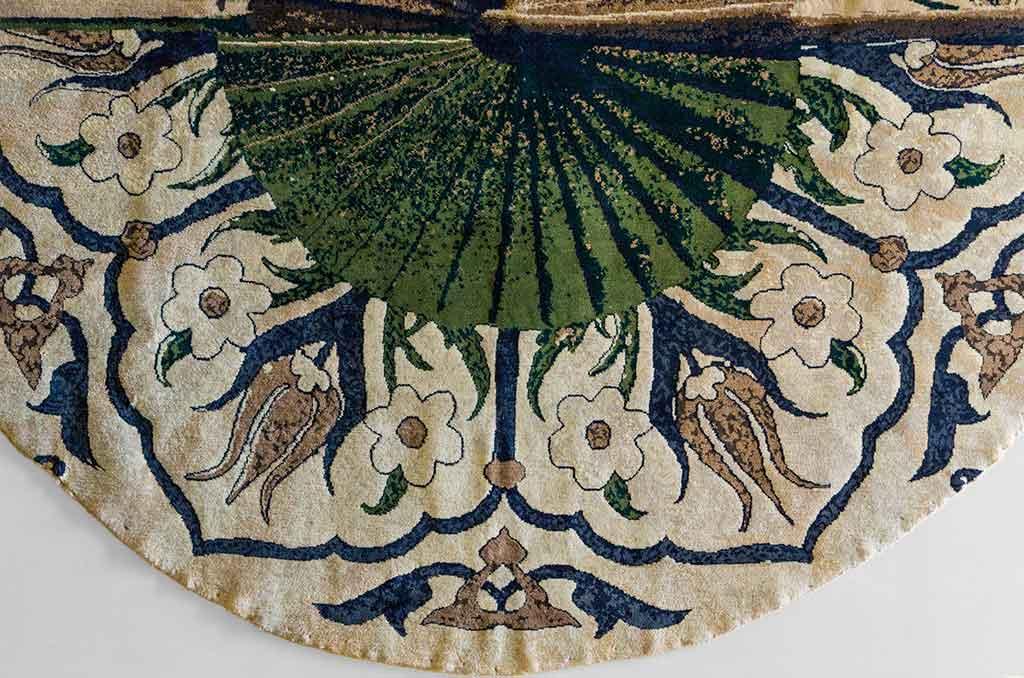 tappeto rotondo verde particolare disegno