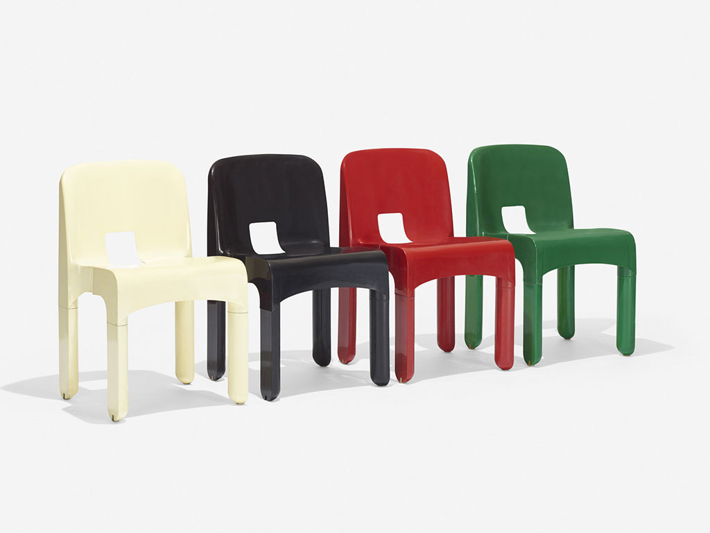 gruppo sedie colorate in plastica