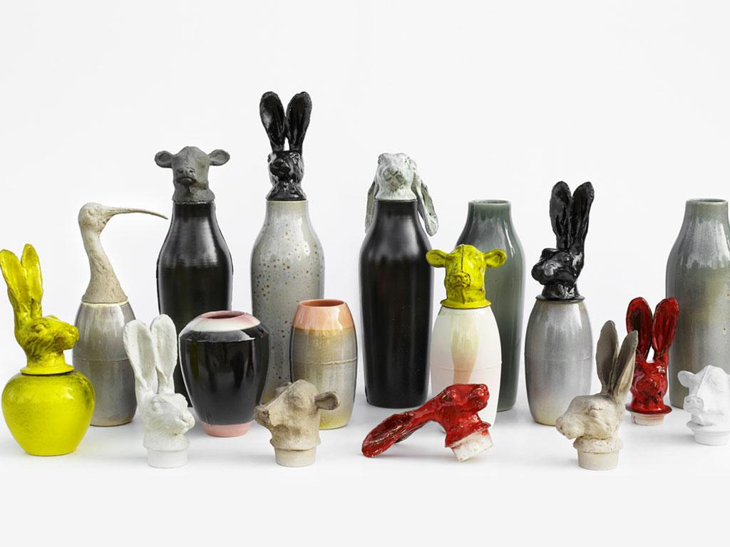 vasi in ceramica con motivi animali