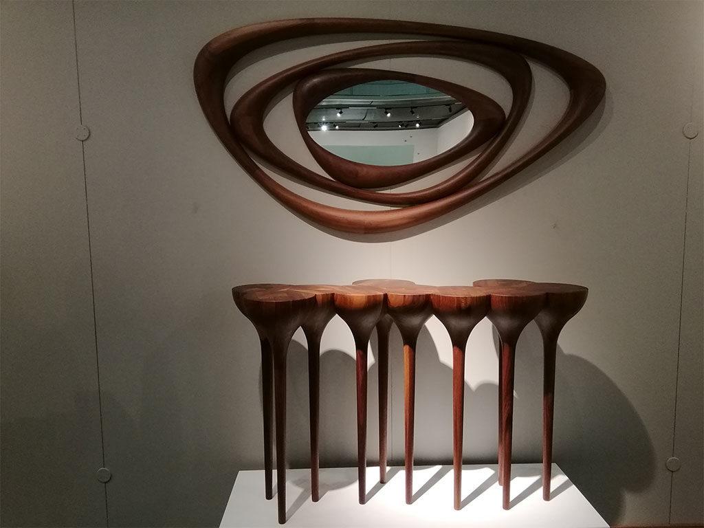 specchio e consolle legno