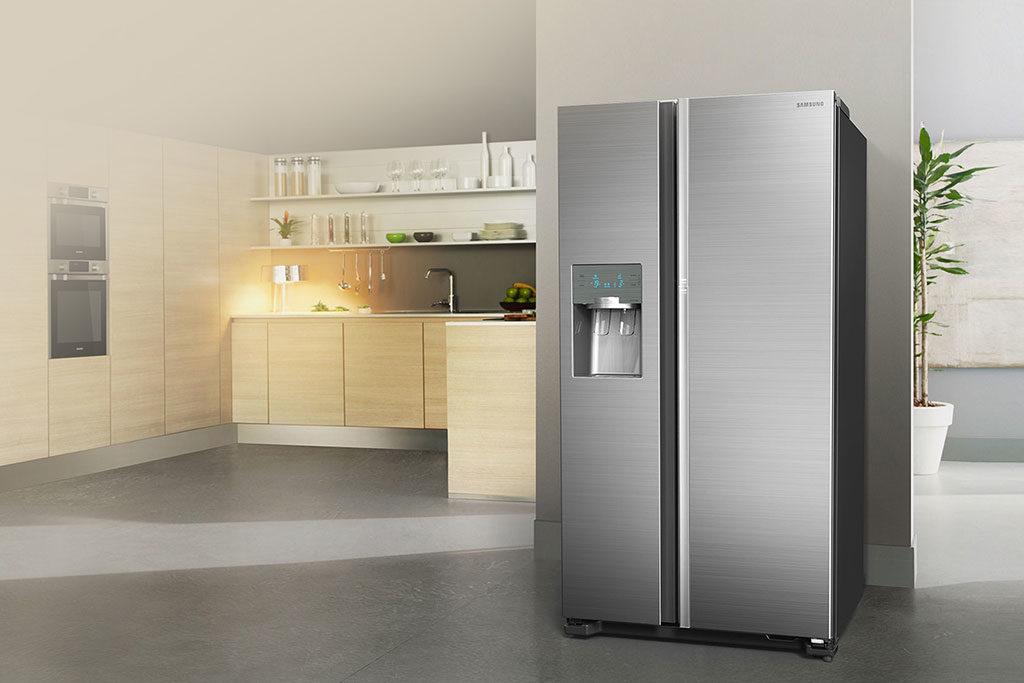frigorifero doppia porta acciaio