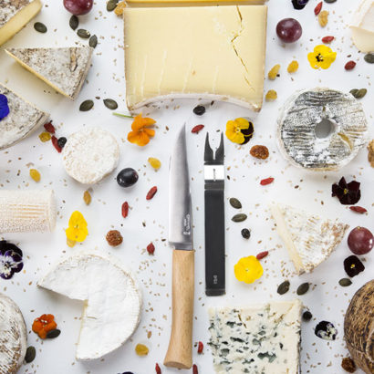 coltello e forchetta formaggi