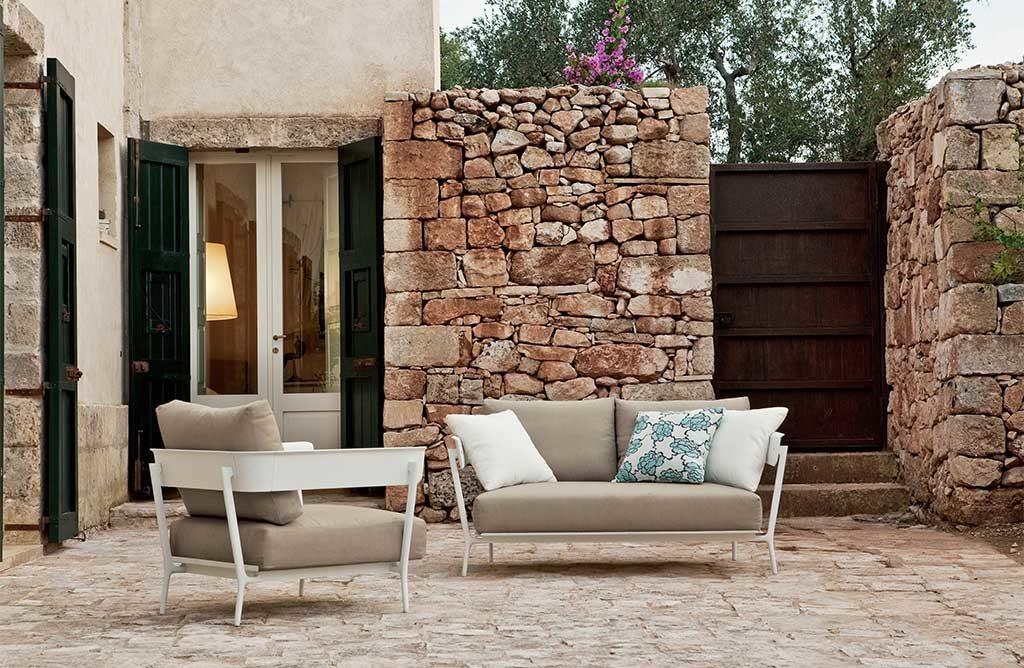 divano e poltrone da esterno