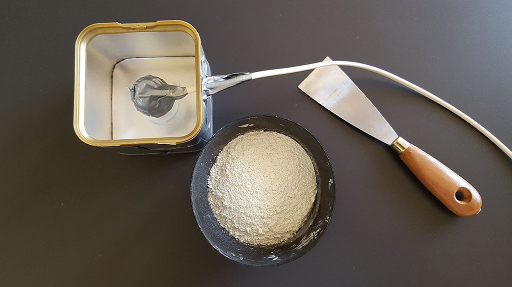 cemento bianco in polvere