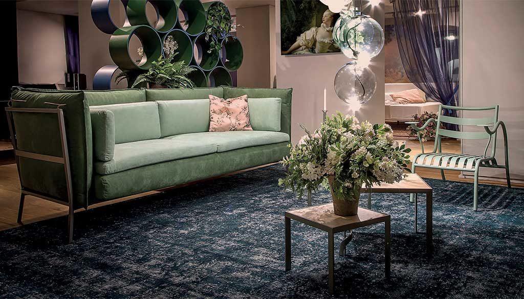 divano verde salotto