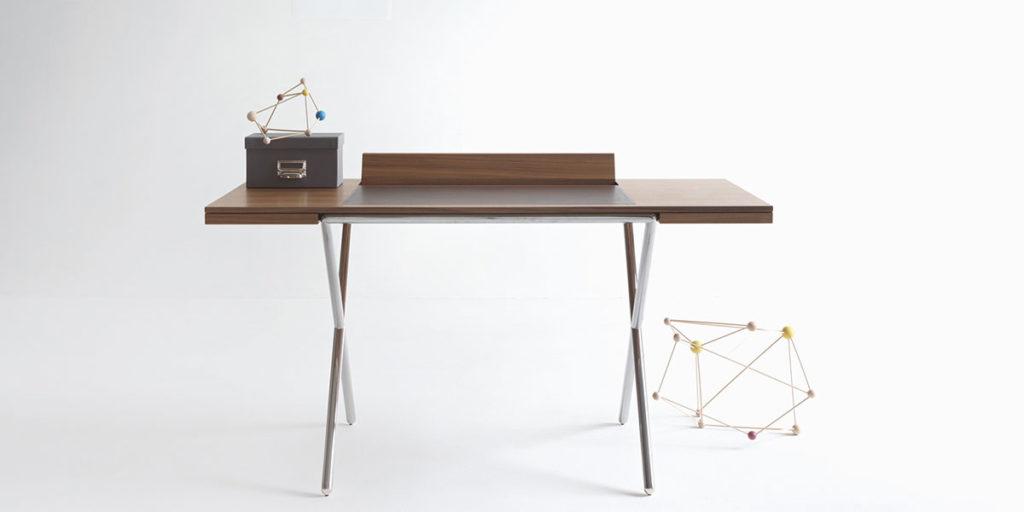 scrivania in legno di design