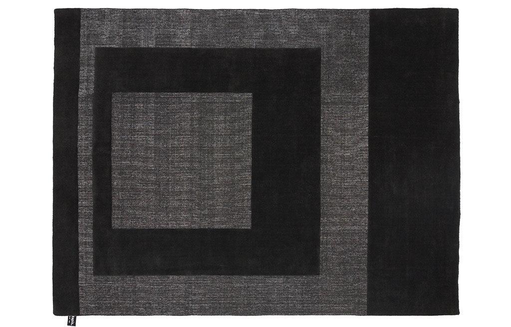 tappeto grigio nero
