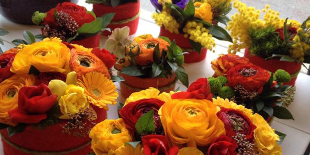centrotavola fiori gialli e rossi
