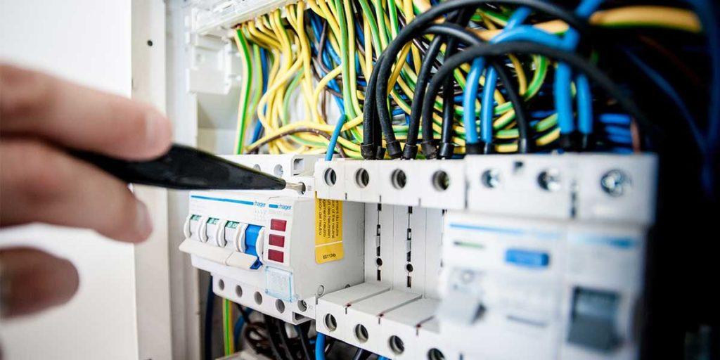 quadro elettrico interruttori
