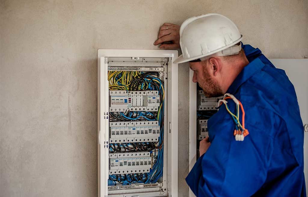 elettricista quadro elettrico