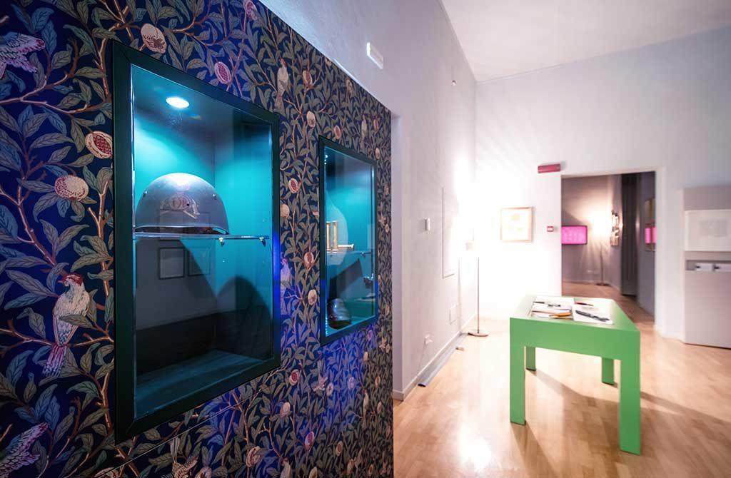 espositori museo villa bernasconi