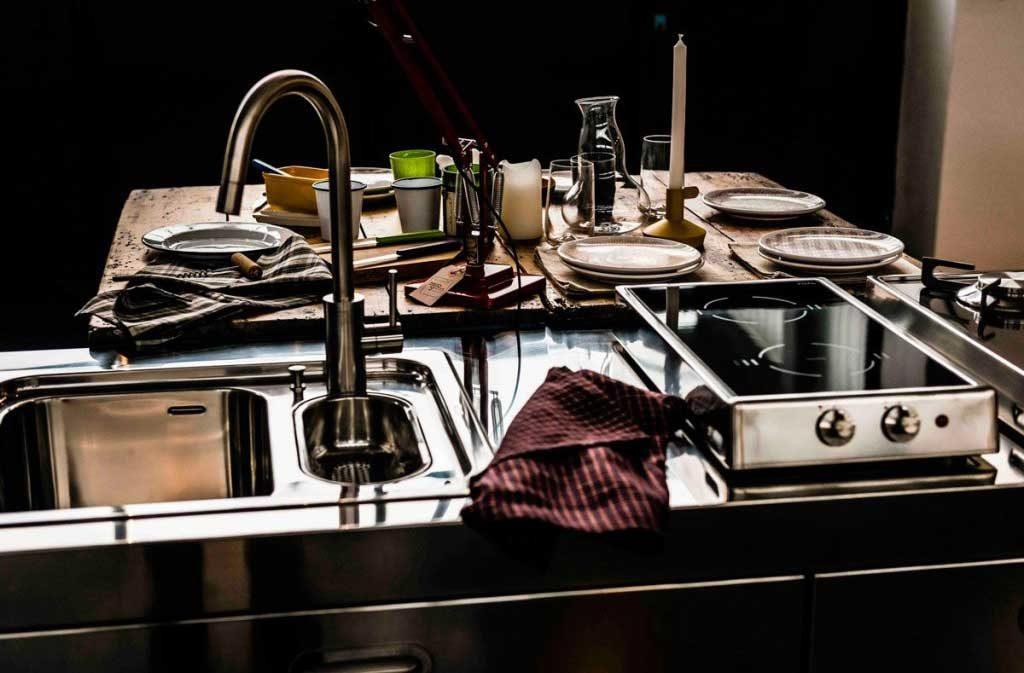 cucina acciaio piano cotttura rimovibile