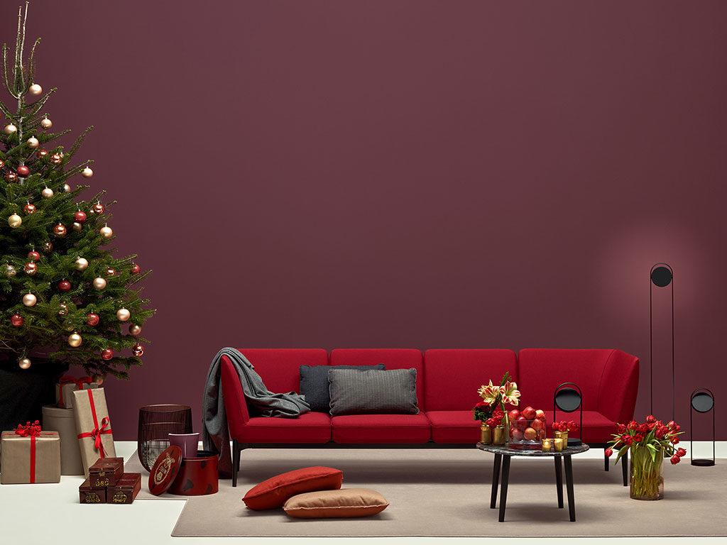 divano rosso quattro posti