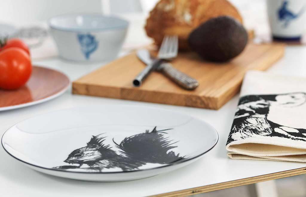 piatto ceramica disegno scoiattolo
