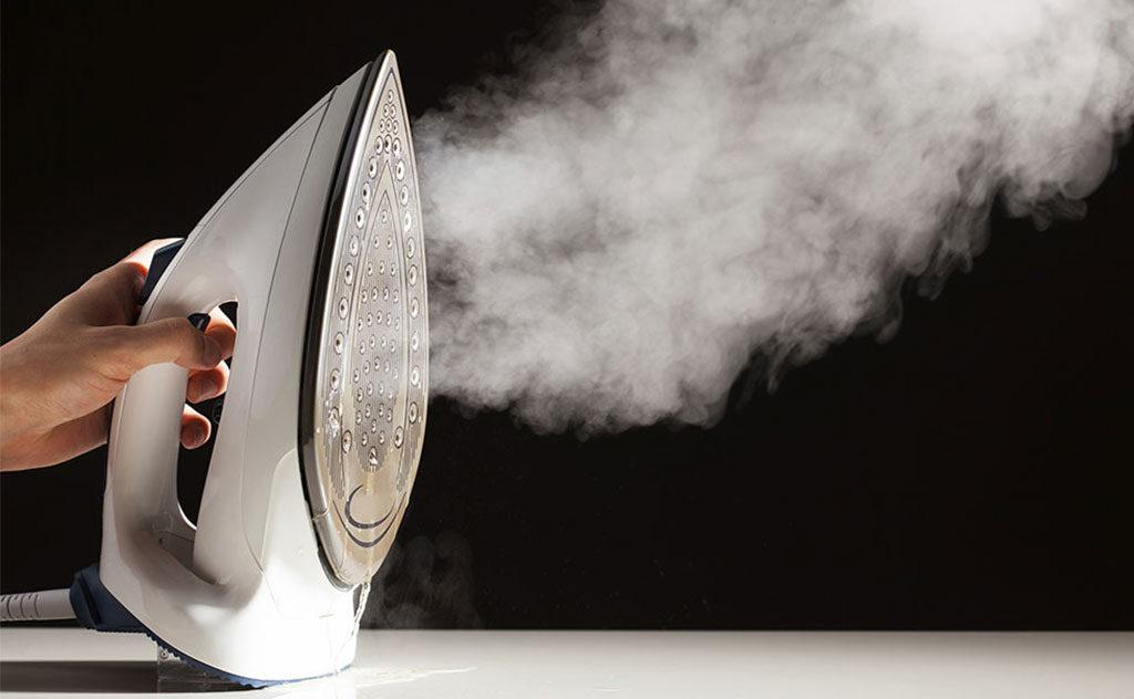 ferro da stiro verticale vapore