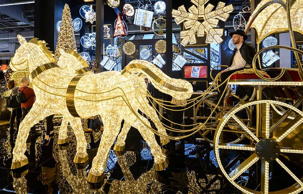 cavalli carro luminoso natale