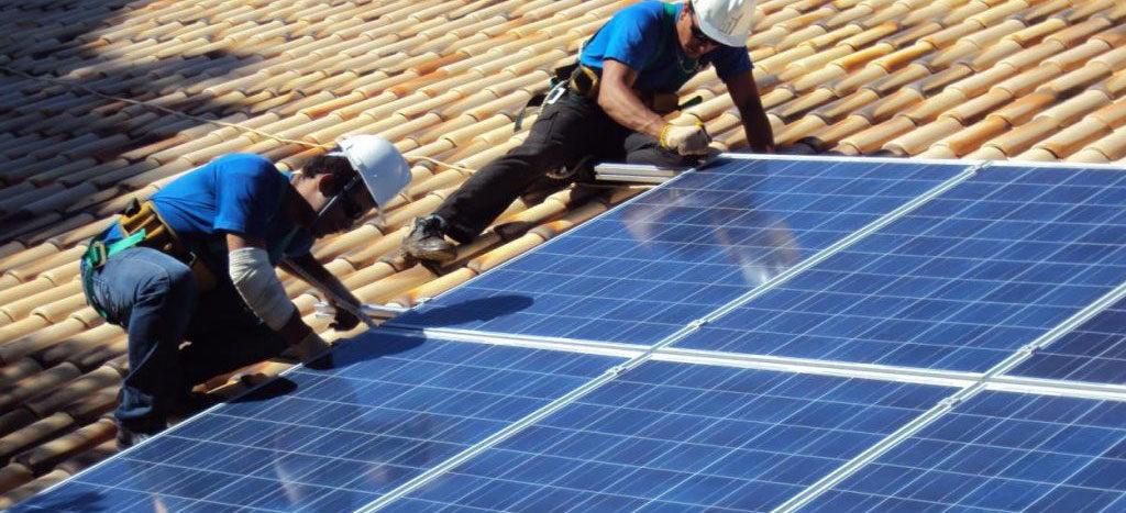 montaggio fotovoltaico tetto