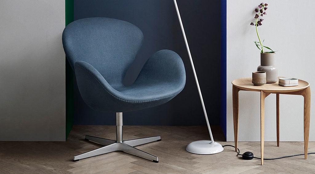 swan chair jacobsen azzurro