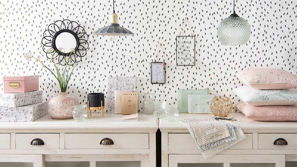tavolini legno bianco specchio lampada