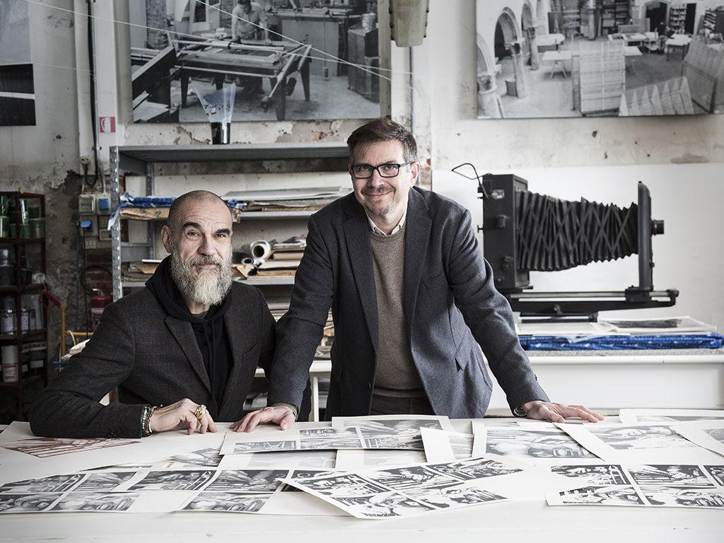 serigrafia a mano due uomini