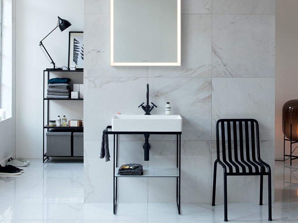 lavabo da appoggio struttura metallo nera