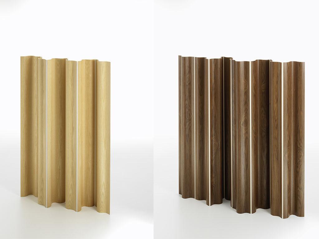paravento in legno chiaro e scuro