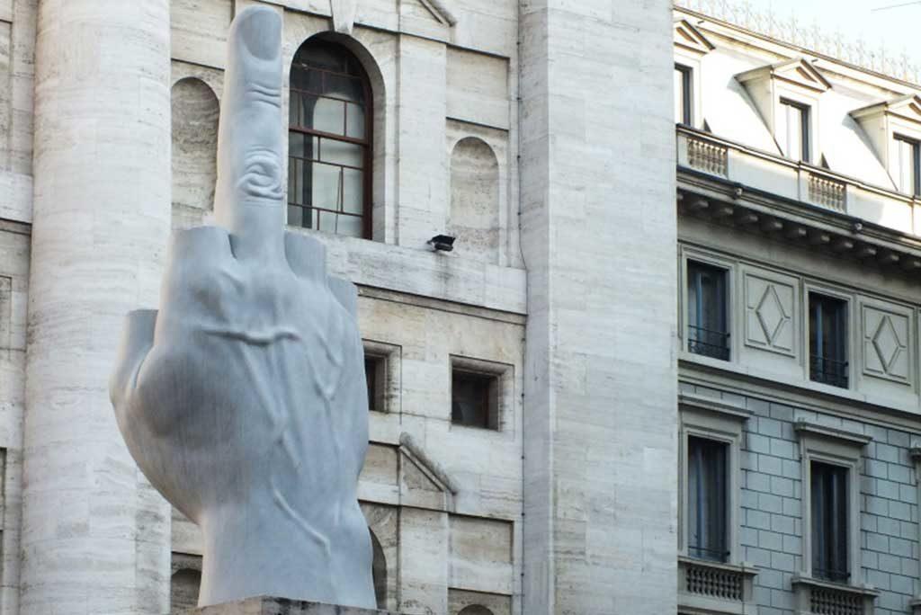 piazza affari milano cattelan