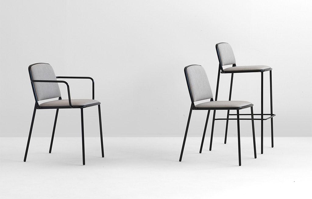 sedie e sgabello da esterno