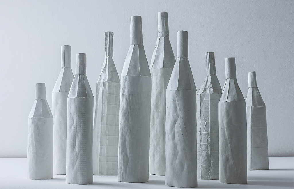 bottiglie bianche ceramica