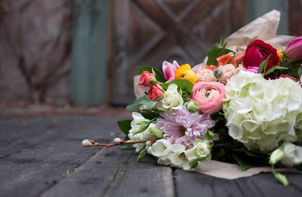 mazzo di fiori freschi rose