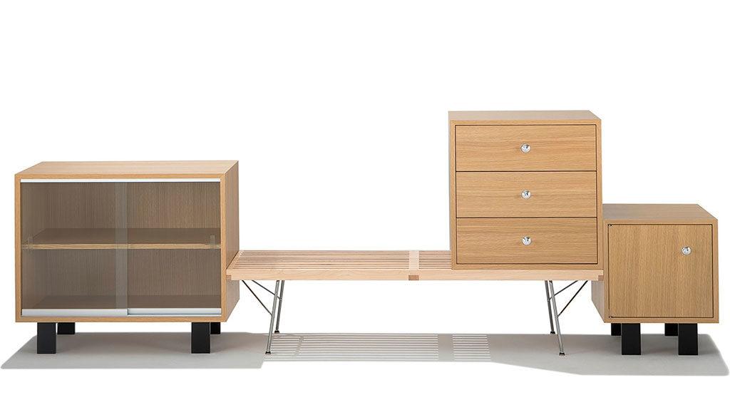 mobili legno chiaro e vetro
