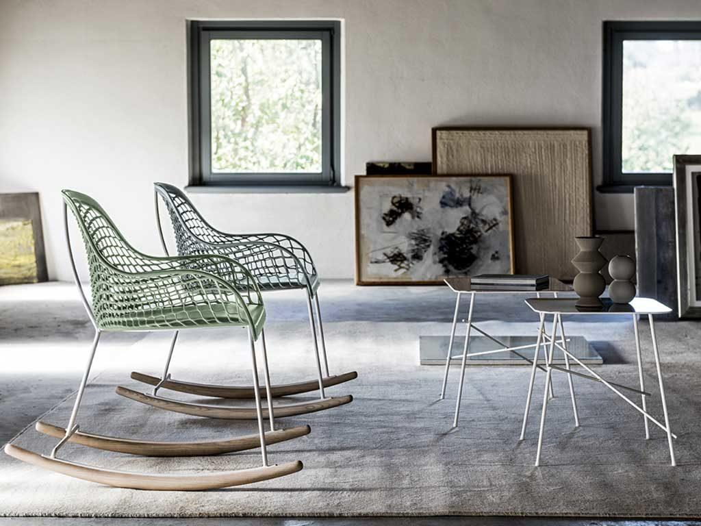 sedie dondolo rete cuoio verde