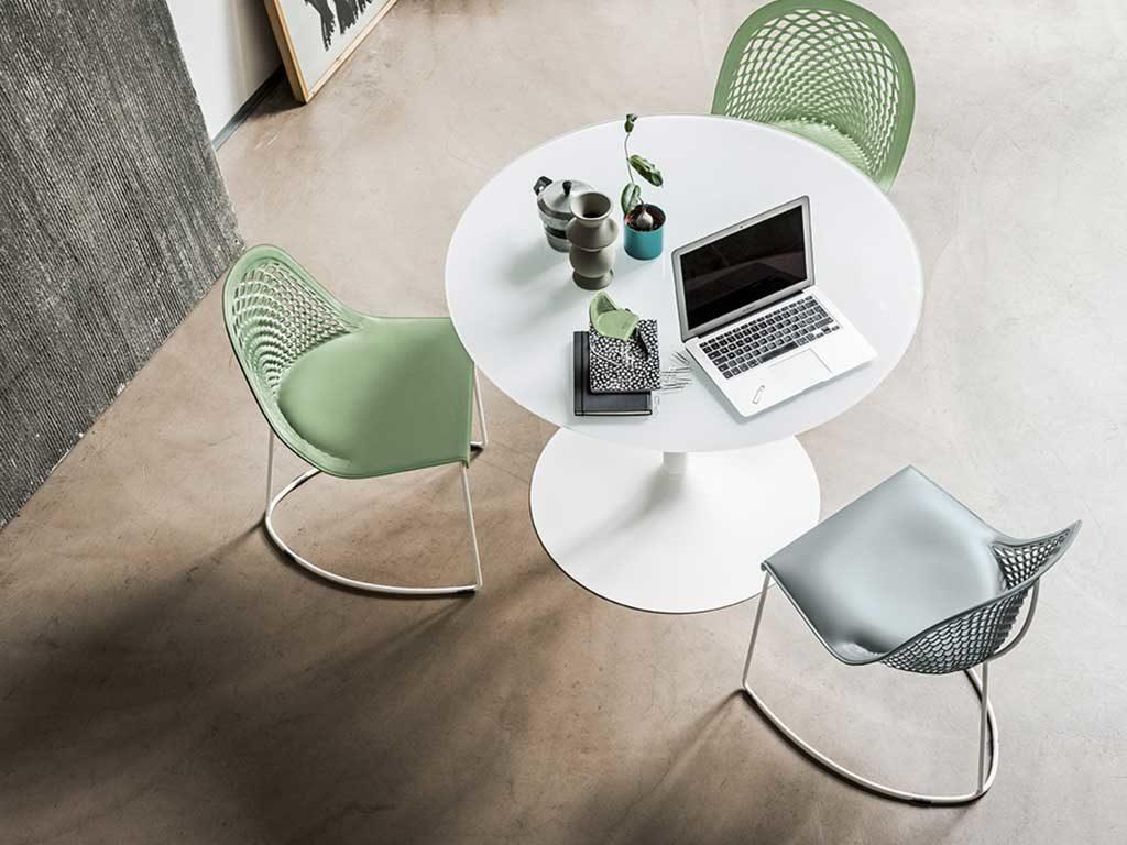 sedie e tavolo tondo design