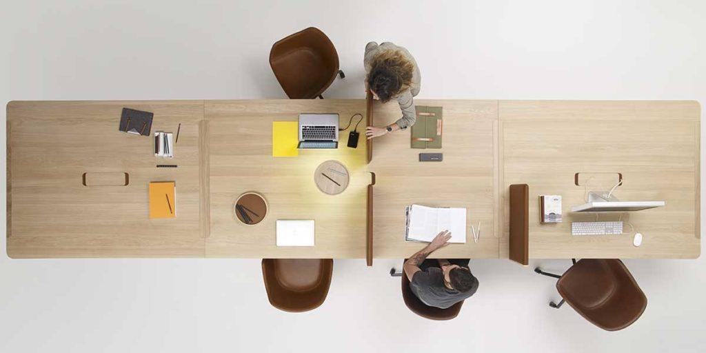 tavolo legno dall'alto lavoro