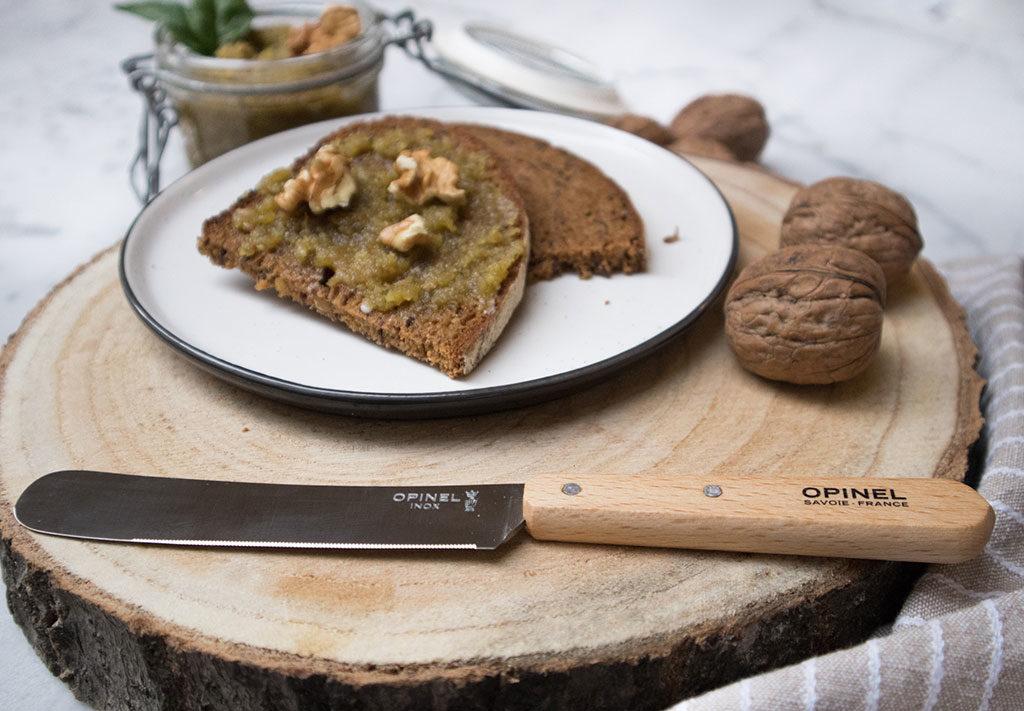 coltello per spalmare formaggio