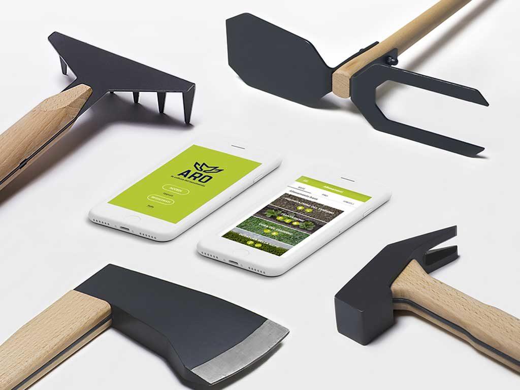 attrezzi giardino smartphone