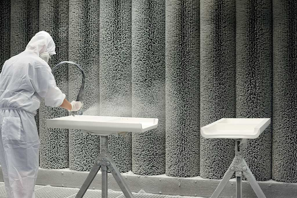verniciatura legno bagno pannelli
