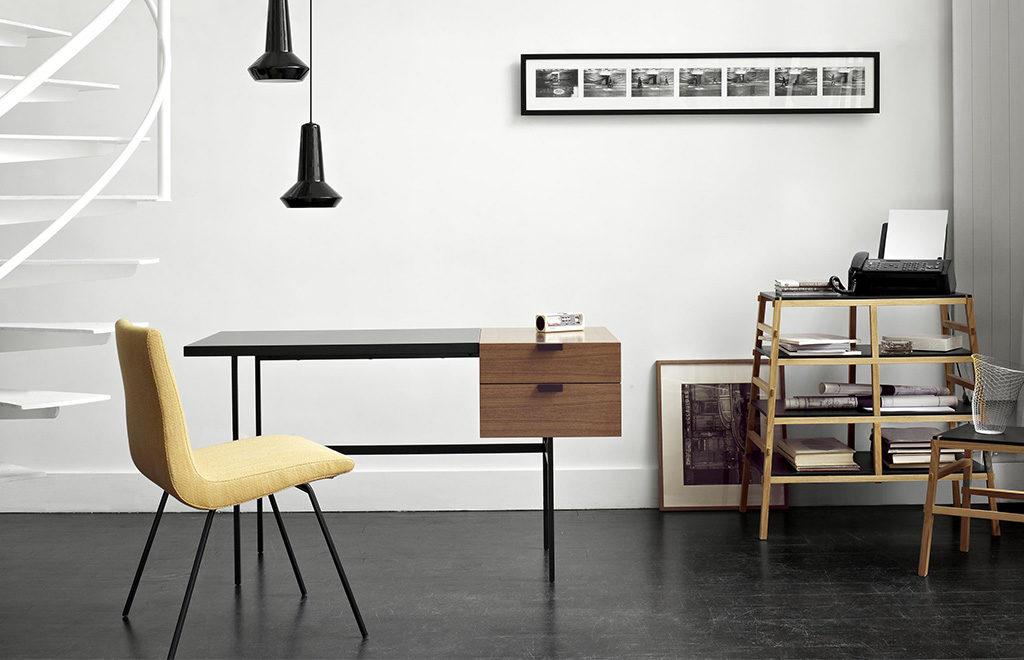 scrivania legno e ferro cassetti